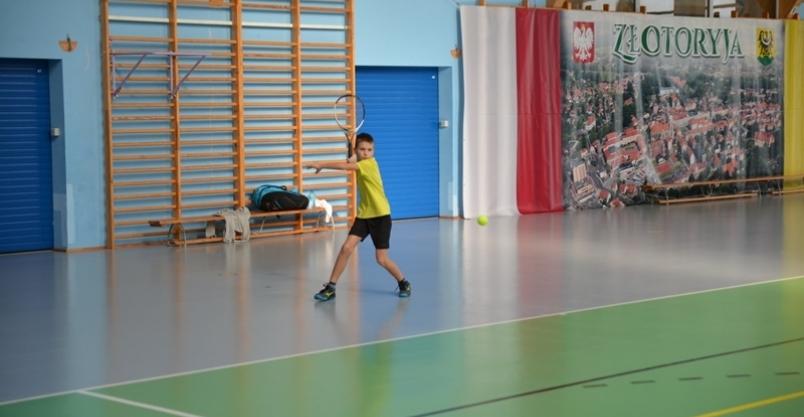 Tenisiści z całej Polski walczą w Złotoryi o puchar burmistrza