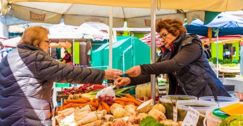 Sprzedaż żywności na targowiskach. Jak zapobiegać zakażeniu koronawirusem?
