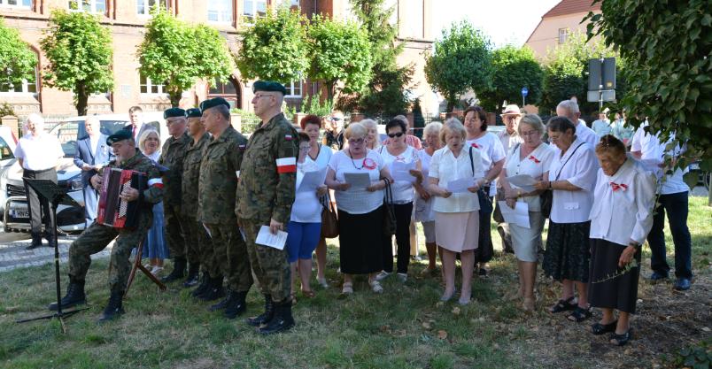 Złotoryjanie zaśpiewali w rocznicę powstania warszawskiego