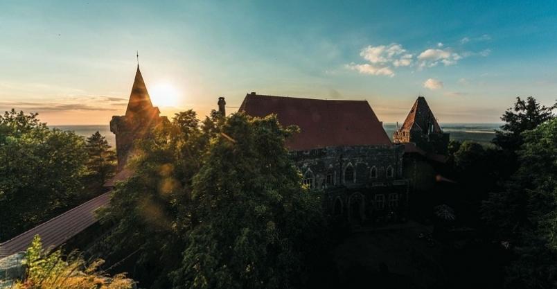 Zrób zdjęcie w nawiedzonym zamku na Dolnym Śląsku!