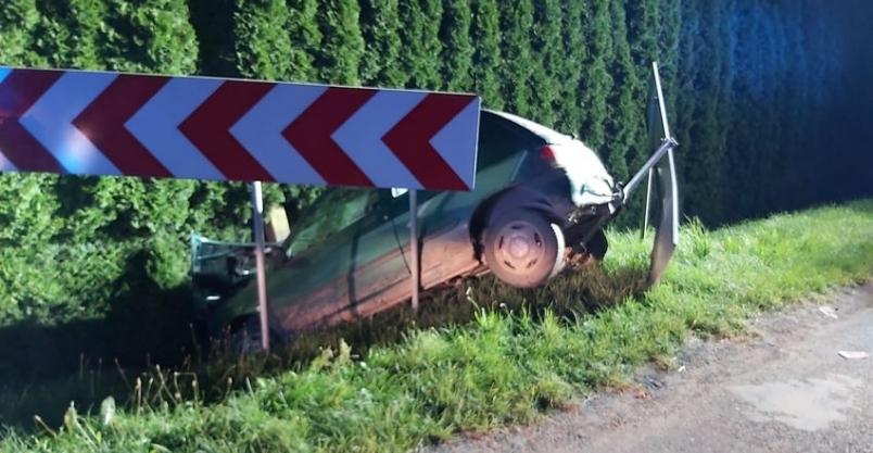 Kompletnie pijany kierowca uciekł z miejsca wypadku